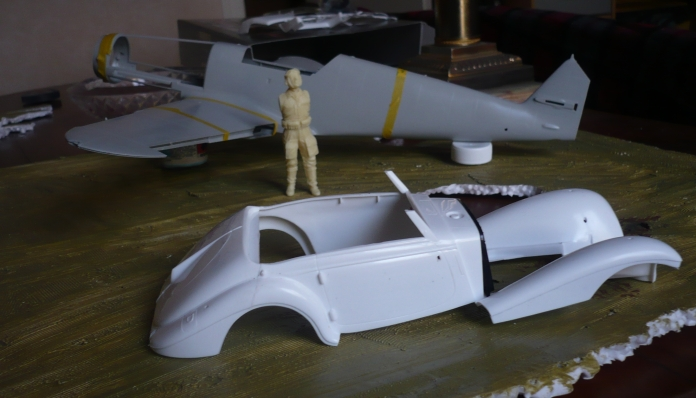 Projet Gunther Rall, Me BF 109 G6 et Mercedes 540 K + figurines au 1/24 12092810080311093710370580