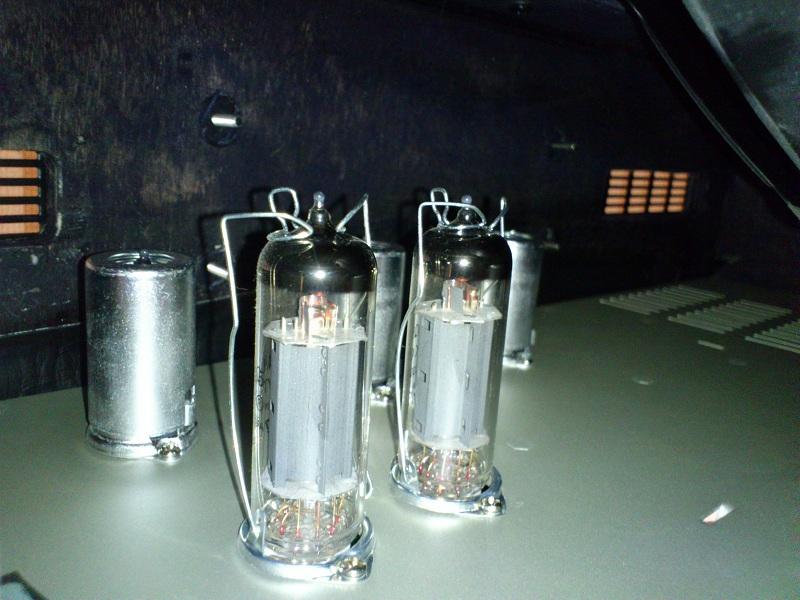 Ampli lampes CRATE V18 12100912103711623510414158