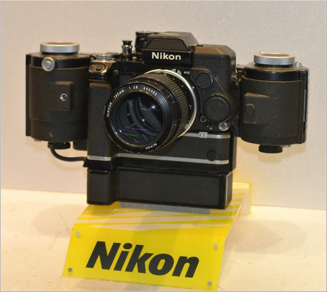 Nikon F2+250v