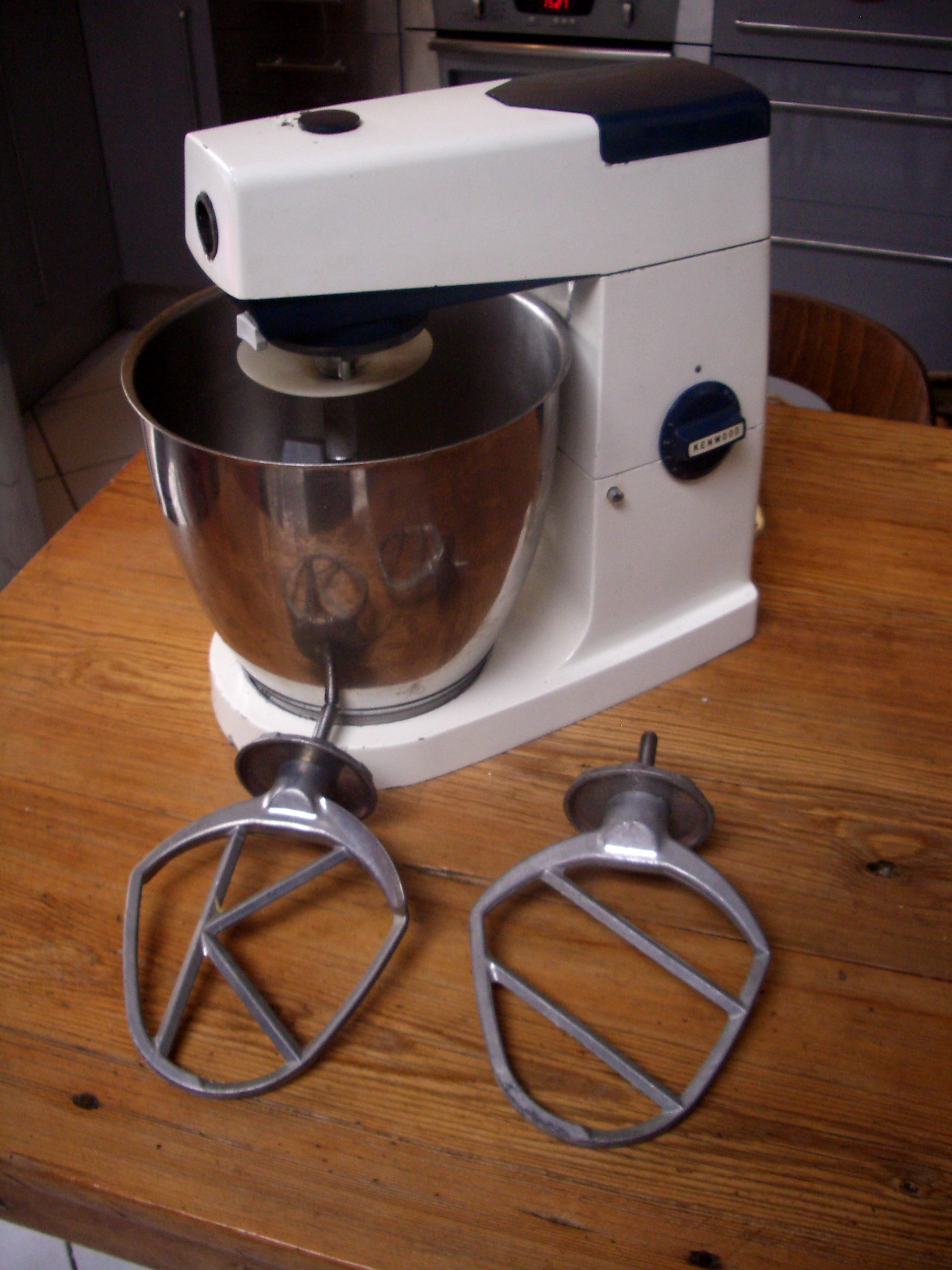 robot petrin cuisine kenwood chef a707a mixer vintage bol inox. Black Bedroom Furniture Sets. Home Design Ideas