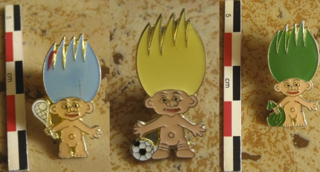 Pins, broches et badges trolls (Made In China-sans marque) 12102204393515254110464860