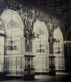 Pierre Ambroise Richebourg<br /> Coté Latéral Galerie Henri<br /> II (2).JPG